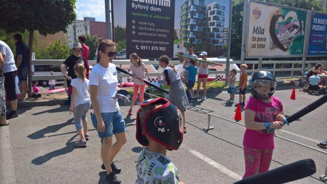 Aj tento rok sme sa aktívne zúčastnili MDD akcie pred obchodným centrom  Južanka v Trenčíne. Mohli ste nás navštíviť na chanbara stanovisku  )  stihli sme ... daecf5fc6f0